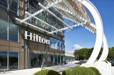 Hilton at the Ageas Bowl, Southampton - Laterooms