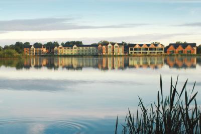 De Vere Cotswold Water Park - Laterooms