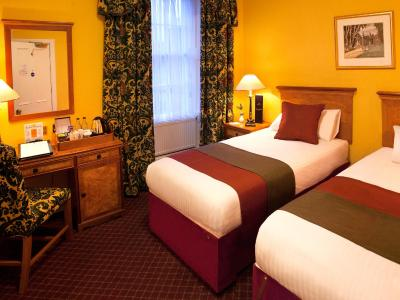 Royal Highland Hotel - Laterooms
