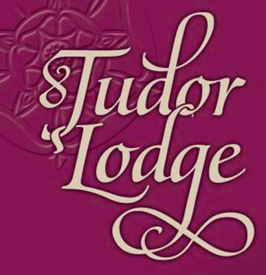 Tudor Lodge - Laterooms