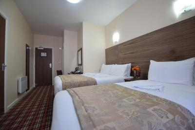 Lucky 8 Hotel - Laterooms