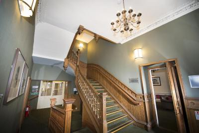 Columba Hotel Inverness by Compass Hospitality - Laterooms