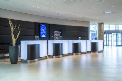 Radisson Blu Hotel, Hamburg Airport - Laterooms