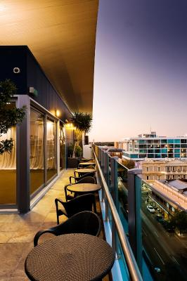 Majestic Roof Garden Hotel - Laterooms