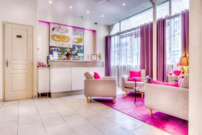 Pink Hotel - Laterooms