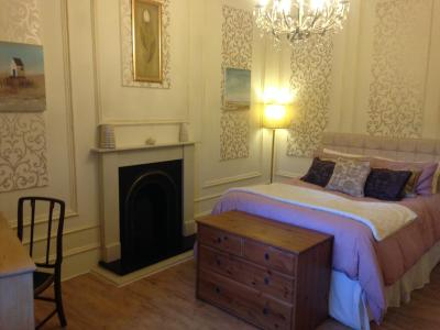 The Victoria House B&B; - Laterooms