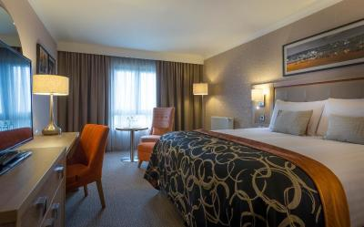 Clayton Hotel Dublin Airport - Laterooms