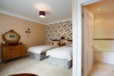 Portclew House - Laterooms