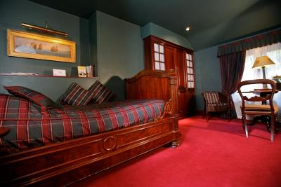 The White House Manor - Laterooms