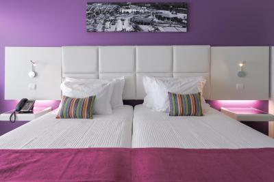 Aquashow Park Hotel - Laterooms