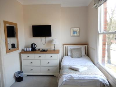 Newport Guest House - Laterooms
