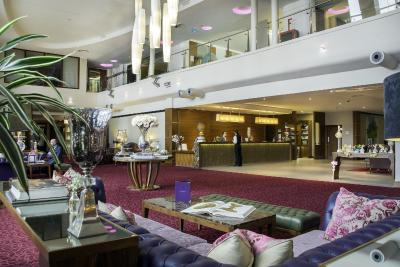 Cork International Airport Hotel - Laterooms