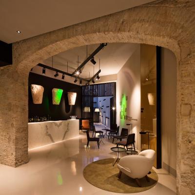 Caro Hotel - Laterooms