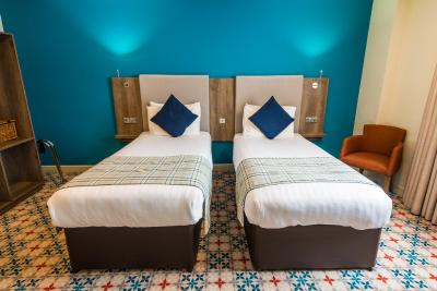 Cairn Hotel - Laterooms