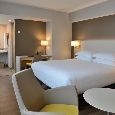 AC Hotel by Marriott Marseille Vélodrome - Laterooms