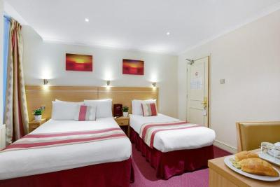 The Queens Park Hotel - Laterooms
