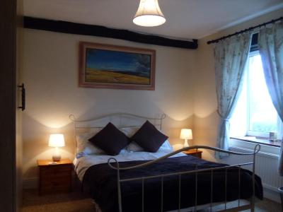 Tithe Barn Bed and Breakfast - Laterooms