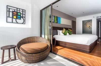 Novotel Phuket Karon Beach Resort And Spa - Laterooms