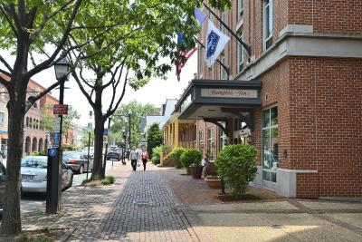 Hampton Inn Alexandria-Old Town/King St. Metro - Laterooms