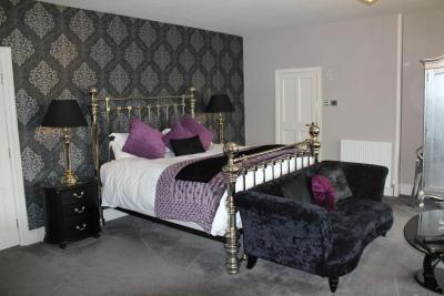 Dower House Hotel - Laterooms