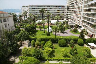 JW Marriott Cannes - Laterooms