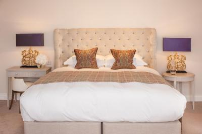 The Square Hotel - Laterooms