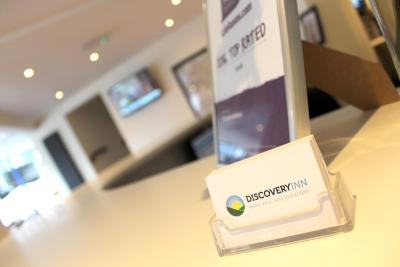 Discovery Inn Hotel - Laterooms