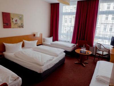 Hotel Residence am Hauptbahnhof - Laterooms