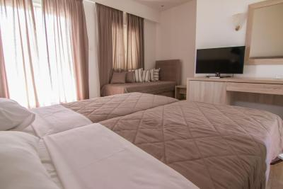 Hotel Hermes - Laterooms