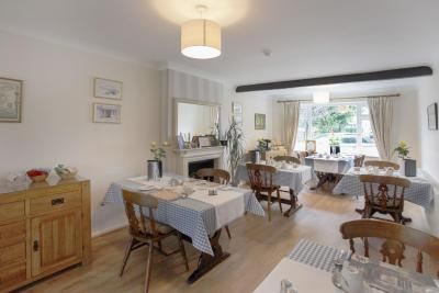 The Hinton Guest House - Laterooms