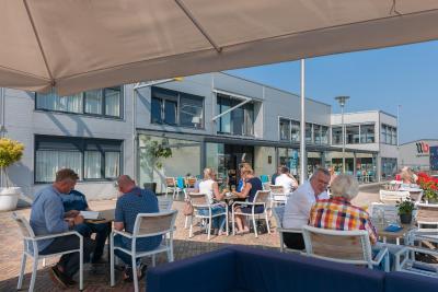 Hotel De Boegschroef - Laterooms