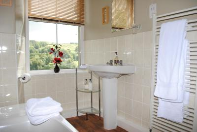 High Fold Guest House - Laterooms