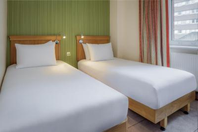 Mercure Nottingham City Centre George Hotel - Laterooms