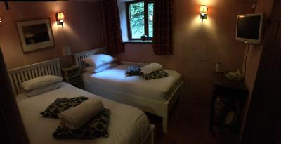 Meadow Cottage Guest House - Laterooms
