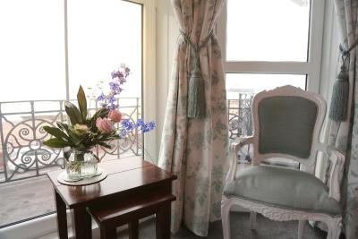 EAST BEACH HOTEL - Laterooms