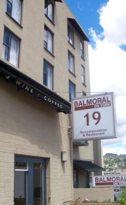 Balmoral on York - Laterooms