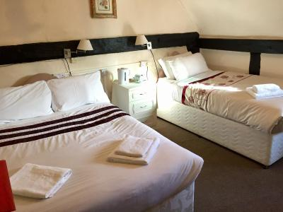 The Tudor House Hotel - Laterooms