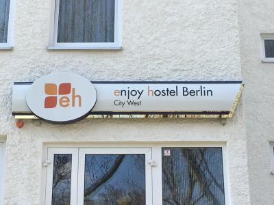 enjoy hotel Berlin City Messe - Laterooms