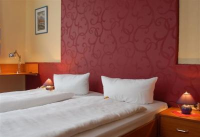 Hotel Hohenzollern - Laterooms