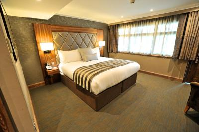 Frensham Pond Country House Hotel & Spa - Laterooms