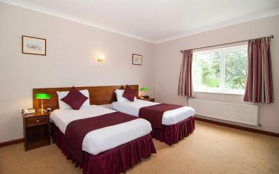 The Vale Golf and Country Club - Laterooms