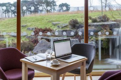 Tebay Services Hotel - Laterooms