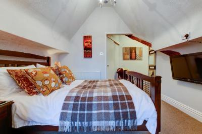 The North Crest Hotel - Laterooms