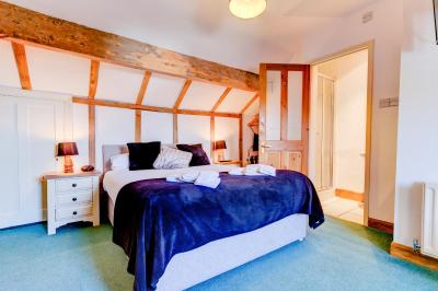 No.4 Guest House - Laterooms