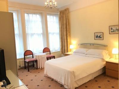 Churchills Hotel - Laterooms
