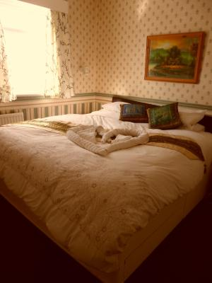 The Earlsmere Guest House - Laterooms