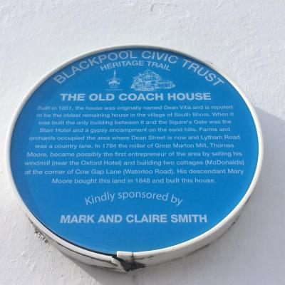 The Old Coach House Blackpool - Laterooms