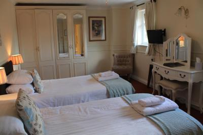 Old Court Hotel & Suites - Laterooms