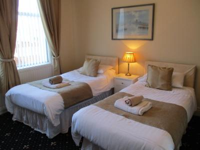 Mayfield Guesthouse - Laterooms