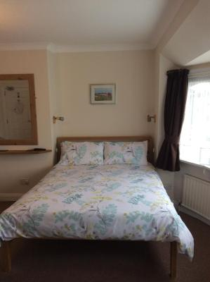 Holly Lodge Guest House - Laterooms